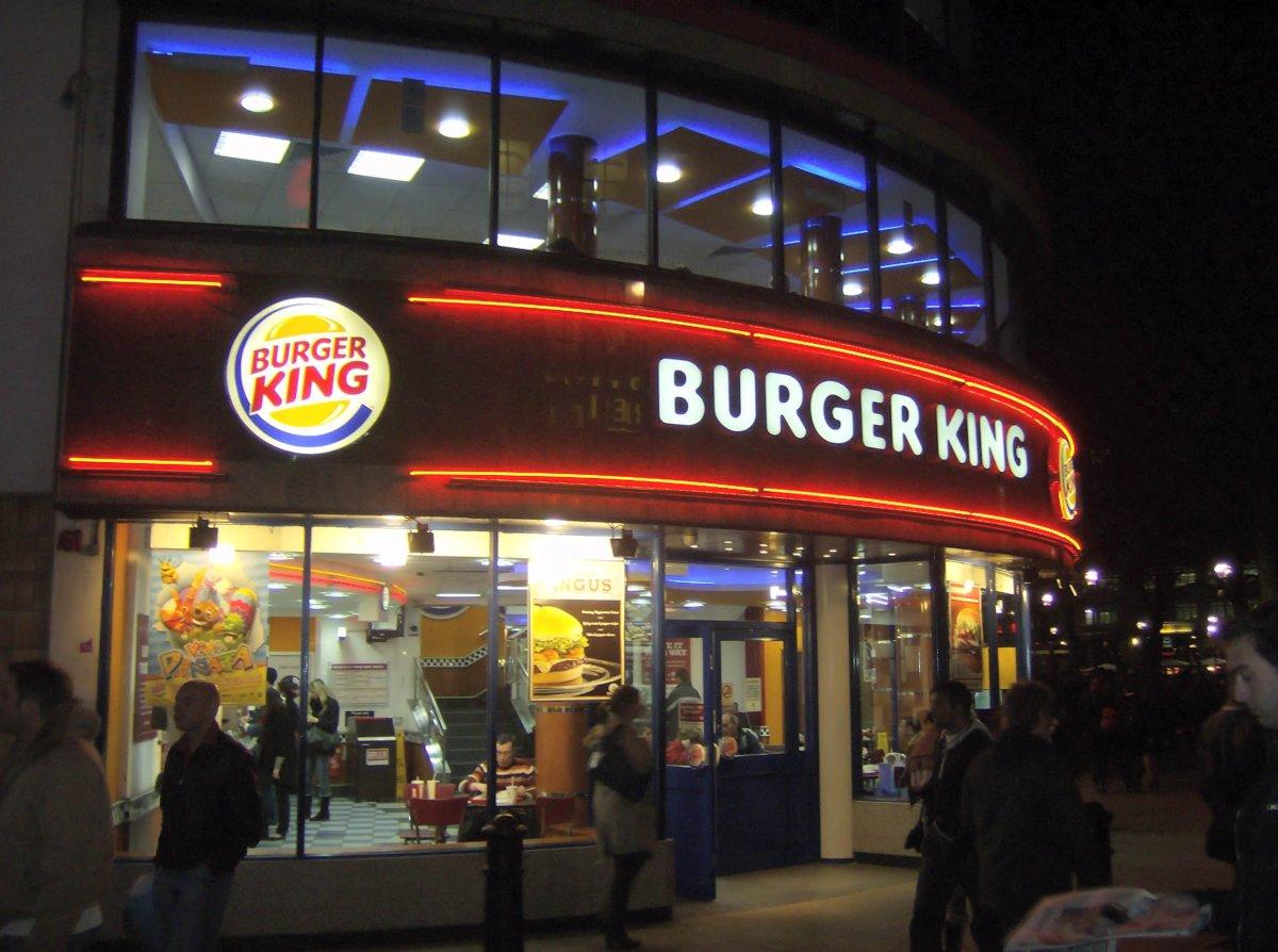 Ok Google, hallgass a Burger King reklámjára!