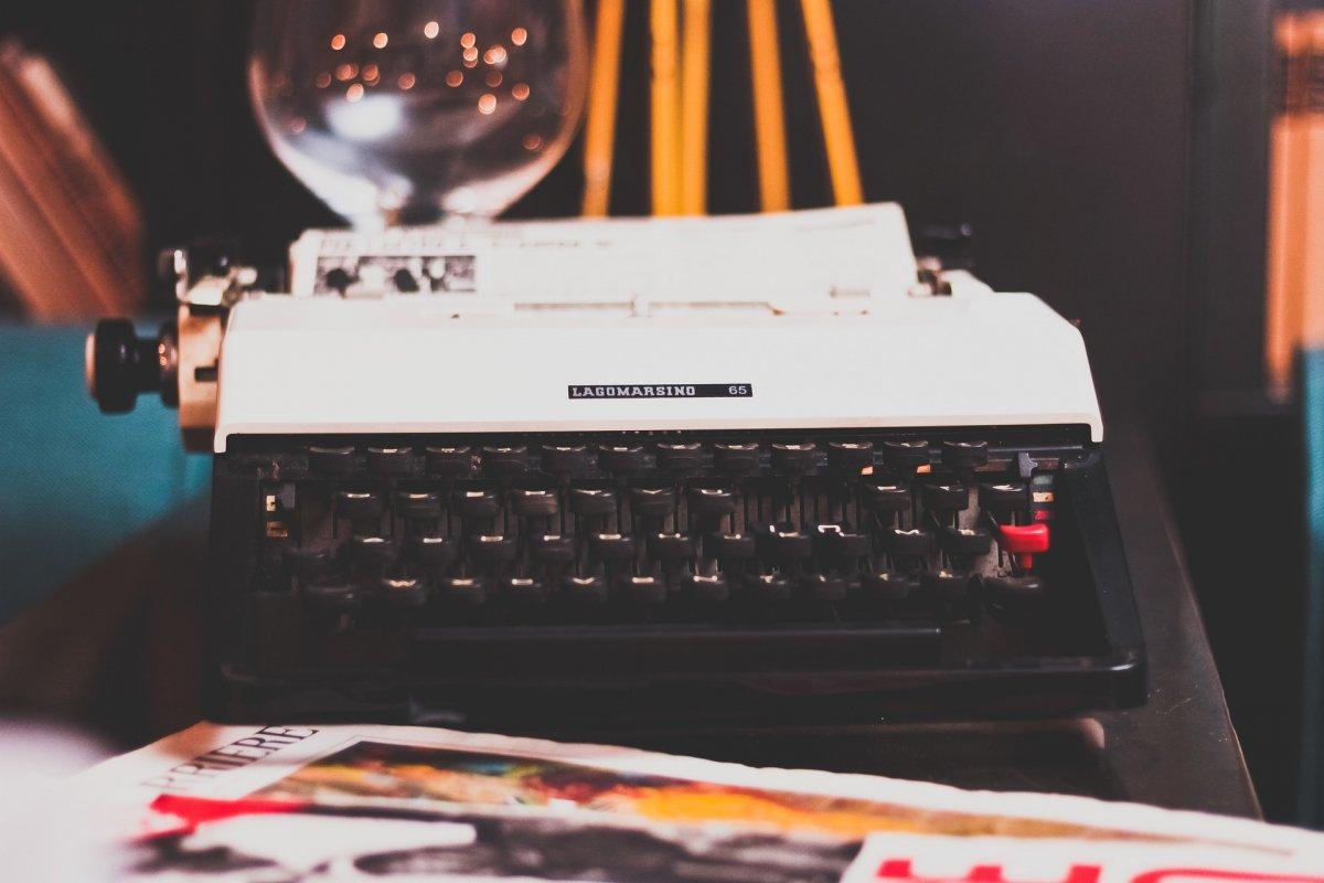 2017/05/06-14-58-typewriter-10313171920.jpg