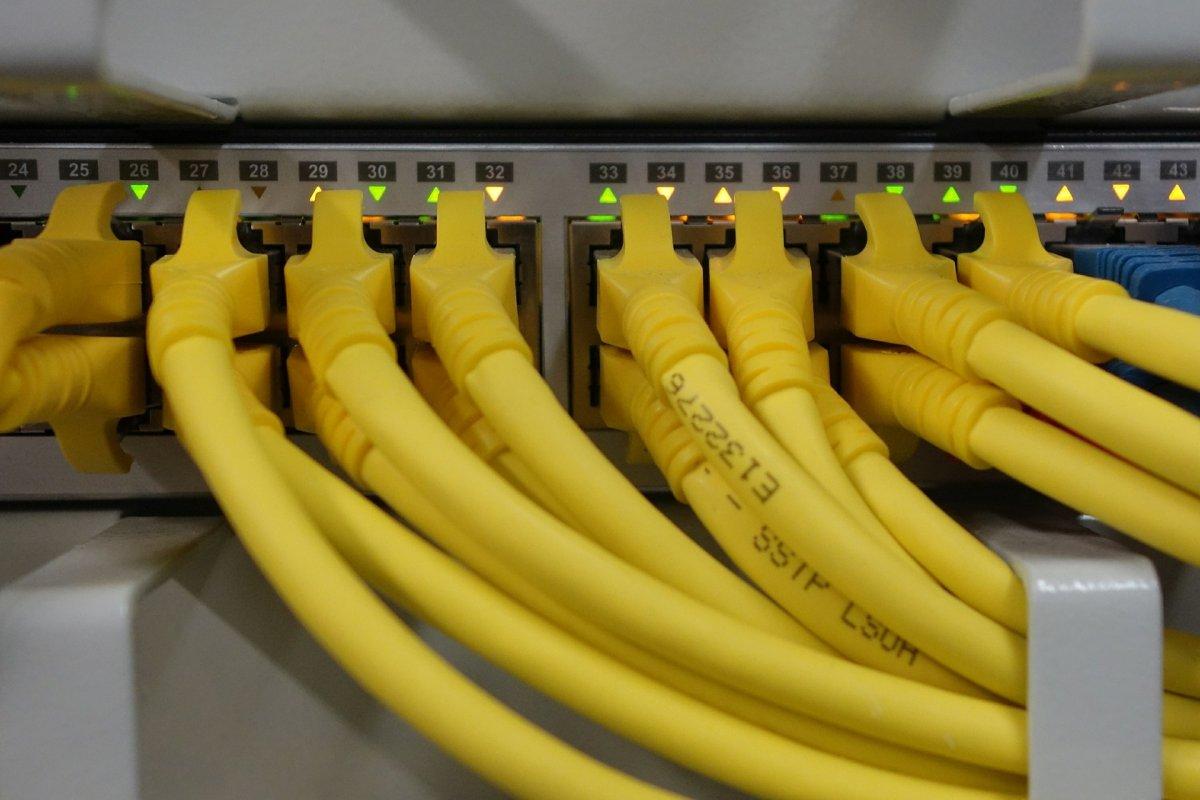 Kivonul a lakossági internetszolgáltatásból az Invitel, a Digi veszi át a helyét