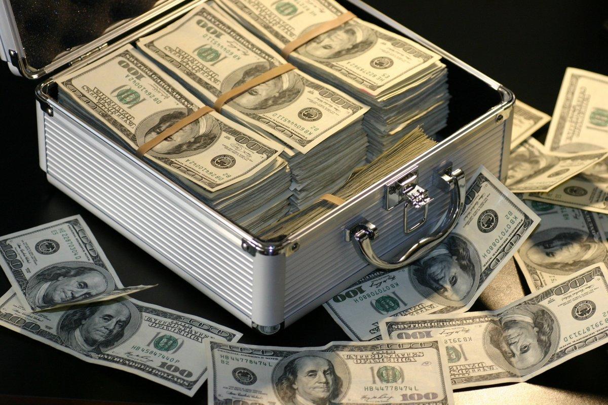 Adathalász támadássorozat zajlik a bankok ügyfelei ellen
