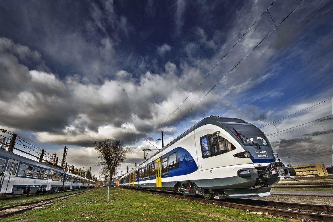 Már 580 millió forintot spóroltak az utasok az elektronikusan váltott vonatjeggyel