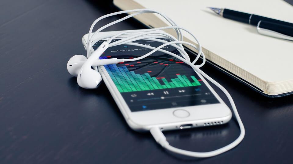 Fordulópont: Lehagyta a CD eladásokat az online streaming a zeneiparban