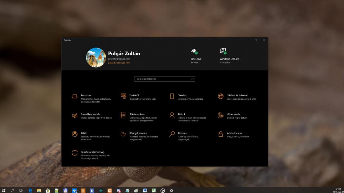 Windows 10: Információsáv engedélyezése a gépházban