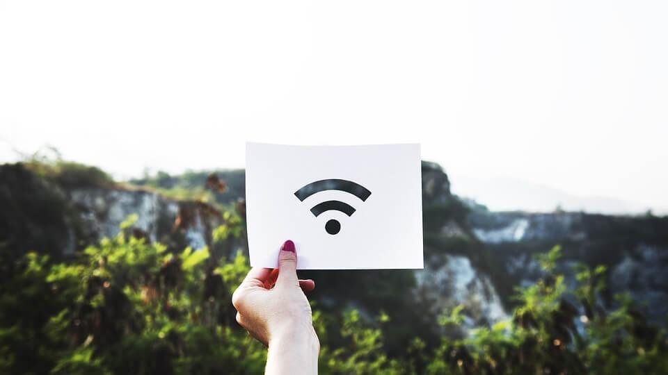 Négyszer nagyobb hálózati sebességet ígér a WiFi 6