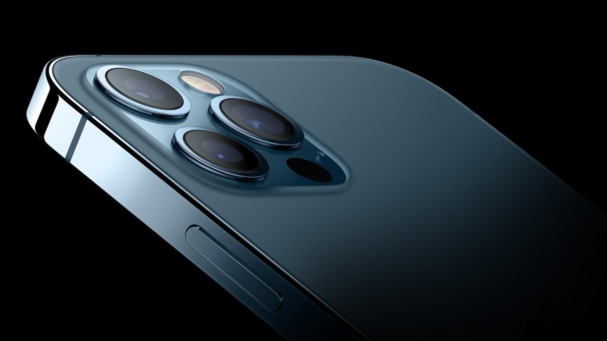 Bemutatták minden idők legjobban várt iPhone-ját!