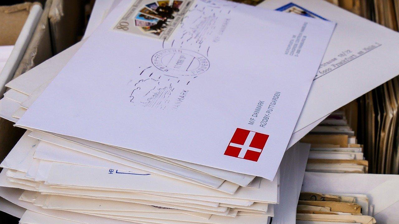 Elektronikus kézbesítési visszaigazolást vezet be a Posta