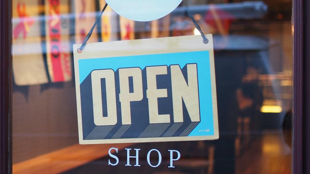 Rákaptunk az e-kereskedelemre, ezeket a boltokat választjuk a legtöbbször